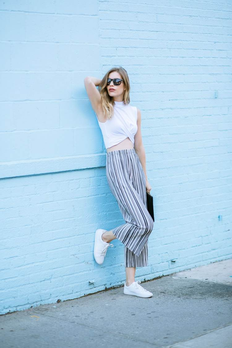 stripedpantsstreetstyle